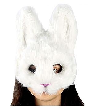 máscara de conejo mullido sobre blanco