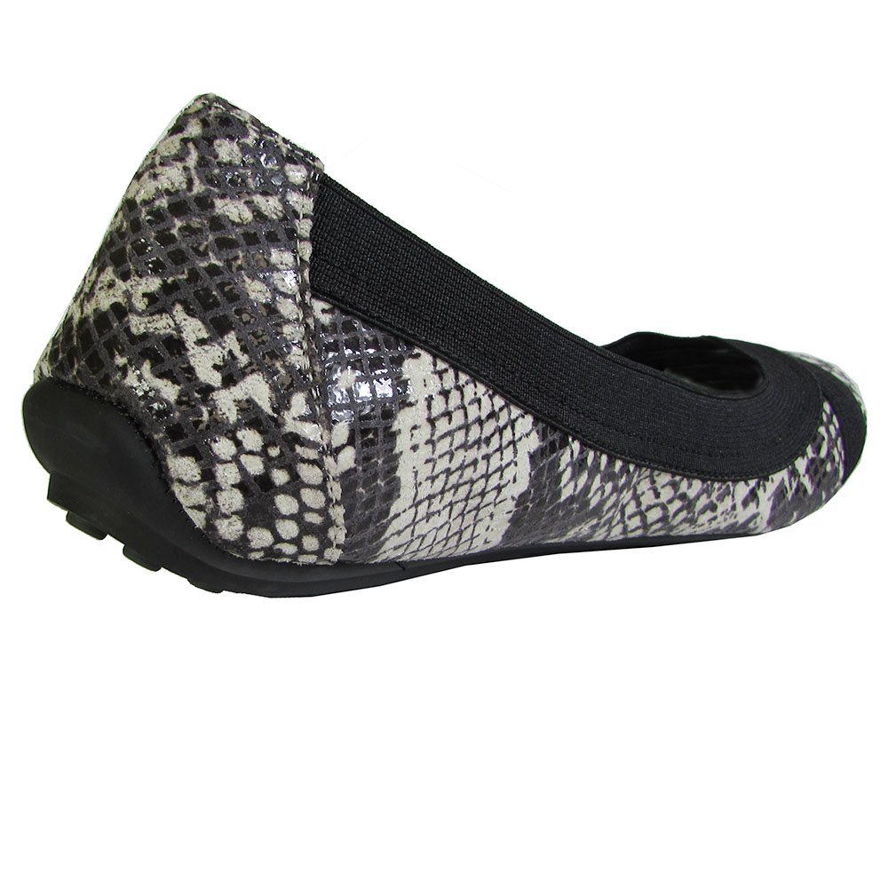 Adam Tucker Women's Nixie Flats Shoes B01AUYI336 8 B(M) US|Black / White Snake