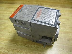 Honeywell V4055A-1098-3 Fluid Power Gas Valve V4055A10983