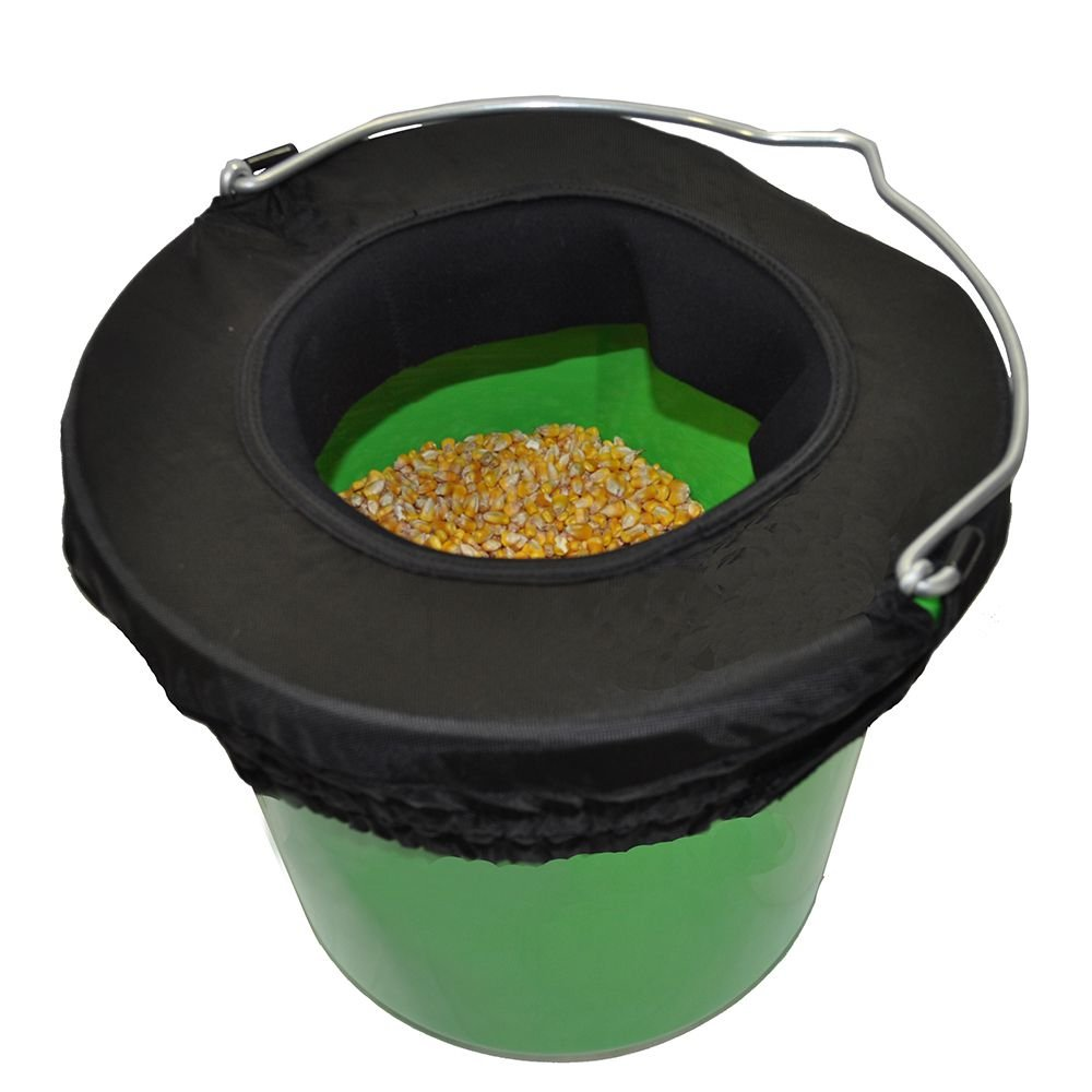 Horse Spa Water-n-Hole Bucket Rim 5 Gallon