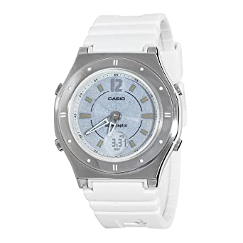 Amazon.com  Casio Women s LWAM140-7A Solar Atomic Waveceptor Sports ... d06686a80