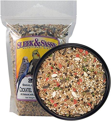(Sleek & Sassy Garden Small Hookbill Bird Food for Cockatiels, Lovebirds, Quaker Parrots & Small Conures (2 lbs.))