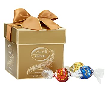 Lindt LINDOR Holiday Assorted Chocolate Truffles Classic Gift Box Kosher 47 Ounce