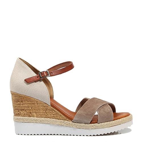 c74a2786fe9 Sandalia Mujer PORRONET Cuña Serraje Taupe  Amazon.es  Zapatos y  complementos