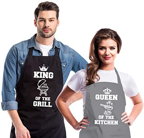 Gifts for Dad and Mom Funny Chef Aprons for Men Women Boss of The Kitchen Barbecue Grilling Kitchen Apron