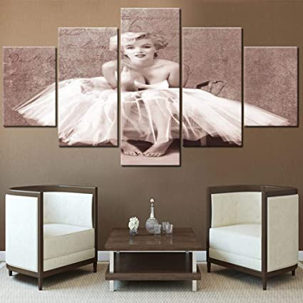 Amazon Com Marilyn Monroe Pictures For Walls American Model