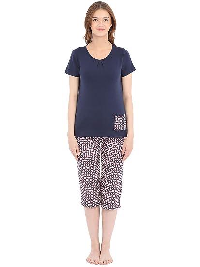 cbab4df82f Clovia Cotton Rich Printed Top   Capri Set  Amazon.in  Clothing ...