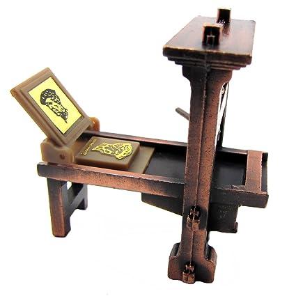 148 Scale Metal Printing Press Die Cast Diorama Accessory Desk Pencil Sharpener
