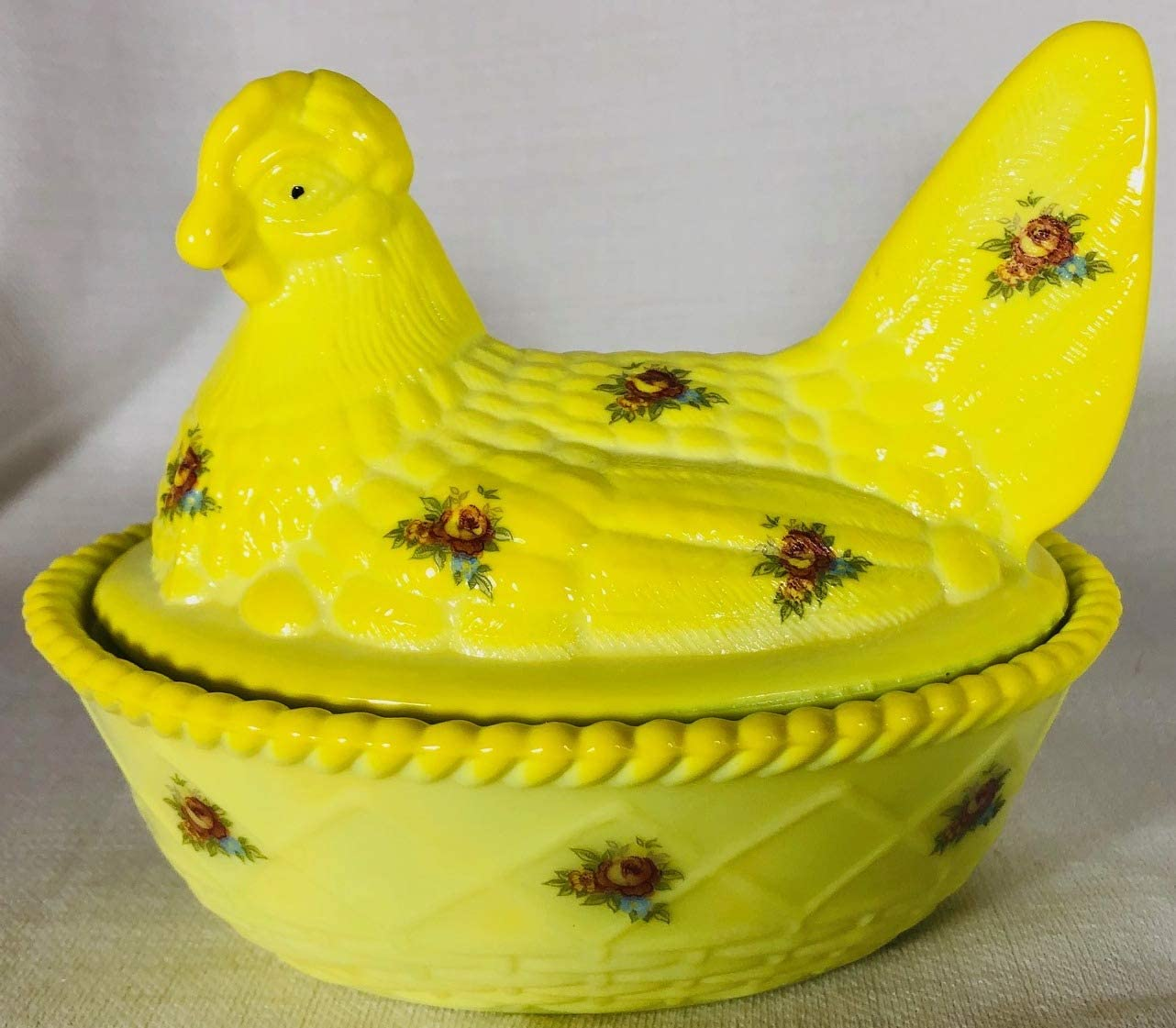 USA Covered Chicken Dish Jade Glass 2 Piece Hen on Nest Base Westmoreland Glass mould