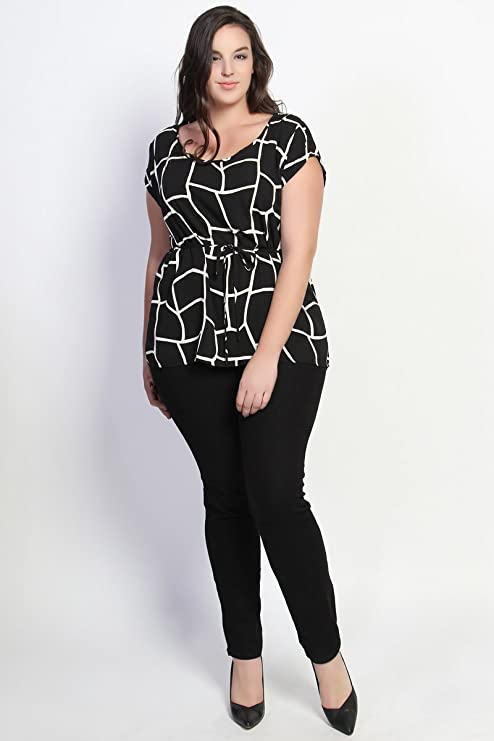 f116b059 TheMogan Women's Geo Black and White Print Belted Blouse Black-2XL at  Amazon Women's Clothing store: