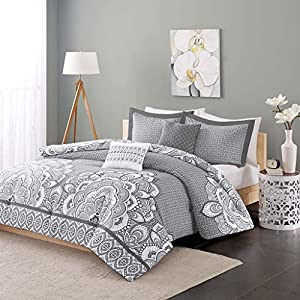 Intelligent Design - Isabella -All Seasons Comforter Set -4 Piece - Grey - Printed Pattern - Twin/TwinXL Size - Includes 1 Comforter, 1 Sham, 2 Decorative Pillows - Great For Dorm Room And Guest Room