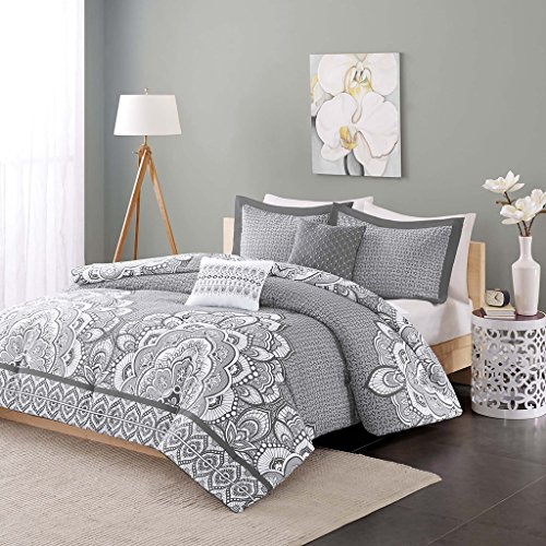 Intelligent Design - Isabella -All Seasons Comforter Set -5 Piece - Grey - Printed Pattern - Full/Queen Size - Includes 1 Comforter, 2 Shams, 2 Decorative Pillows - Ideal For Guest Room (Medallions Border Star)