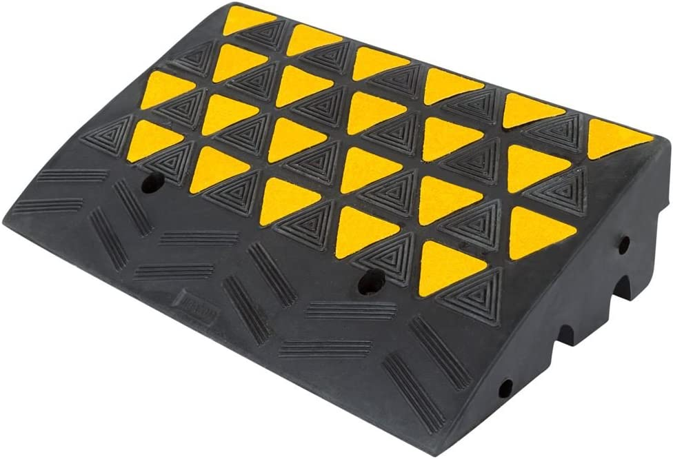 "Guardian KR36R Rubber Curb Ramp - 23.5"" W x 6"" H"