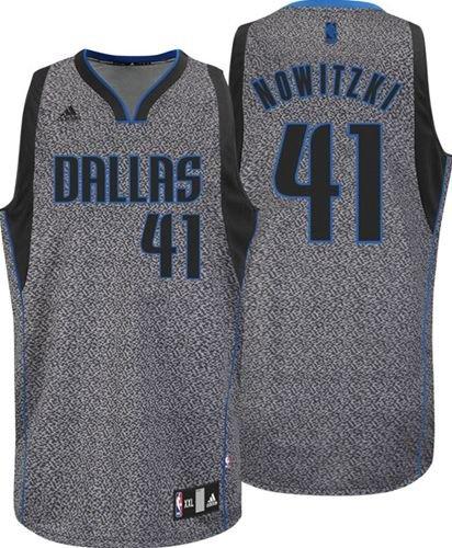 outlet store 4abb6 16111 Amazon.com : Adidas Dallas Mavericks NBA Dirk Nowitzki Youth ...