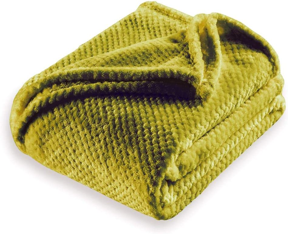 Kensie Myrcella Ultra Plush & Soft Fleece Sherpa Throw Blanket Fuzzy Cozy and Warm Cover for your Bed, Couch, and Sofa, 50 x 60 Inch, Yellow Green