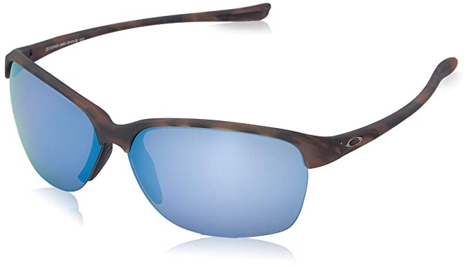 b41fe5d317cb7 Amazon.com  Oakley Women s Unstoppable Sunglasses