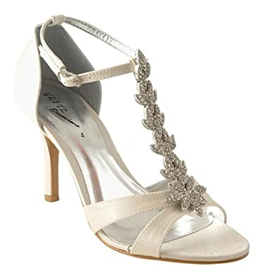 943a5643d40c Chic Feet Ivory Satin T Bar Wedding Bridal Diamante Sandals  Amazon ...