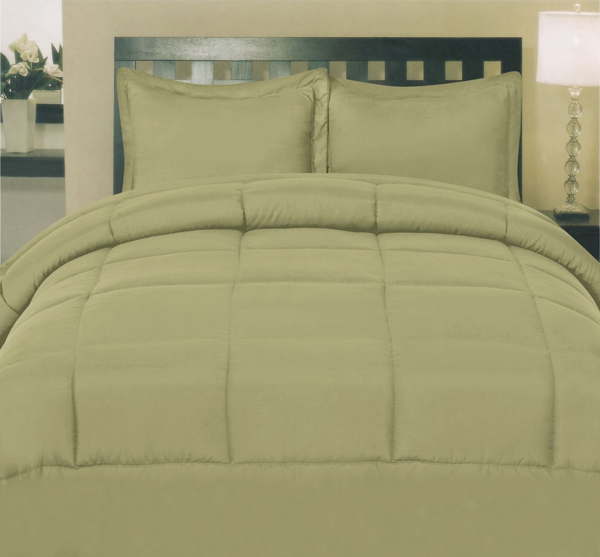 Sweet Home Collection White Goose Down Alternative Comforter, Full, Sage