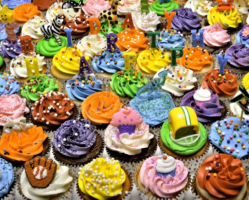 Birthday Cupcakes Jigsaw Puzzle 1000 Piece