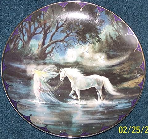 TRAILS OF STARLIGHT Collector Plate : First Issue in the Series: FAIRYLAND - Issue Collectors Plate