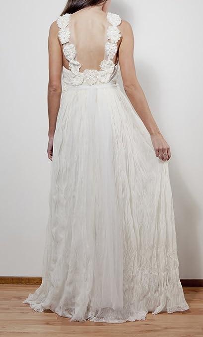 Amazon.com : 2015 Vestidos De Novia Backless Beach Wedding Dresses Flowers Straps V Neck Summer Style Chiffon Skirt Vintage Bride Cheap Gowns 28w : Sports & ...