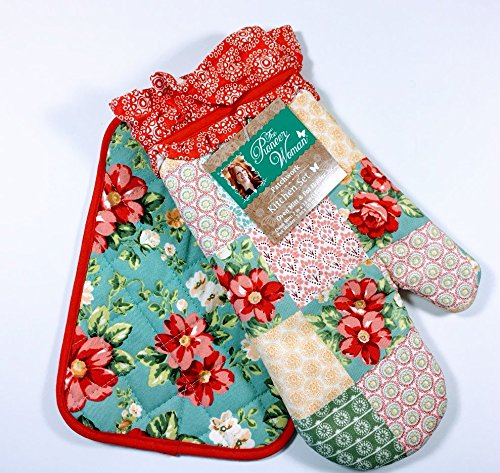 The Pioneer Woman Patchwork Kitchen Set Oven Mitt and Pot Holder by The Pioneer Woman