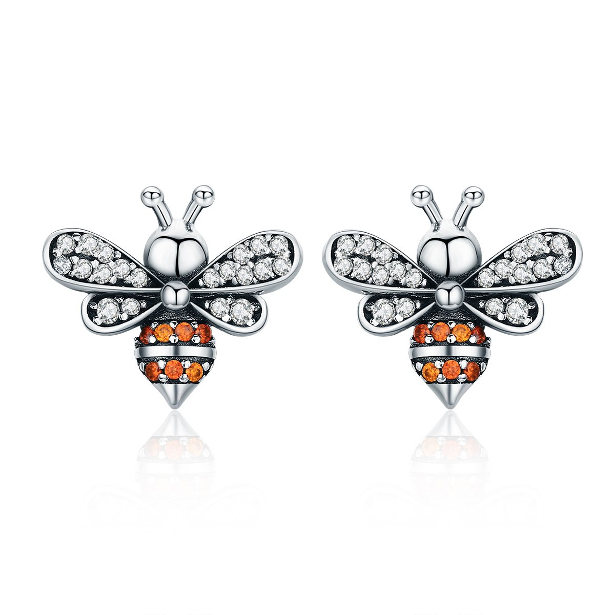 The Kiss Bee Story Clear CZ Exquisite 925 Sterling Silver Stud Earrings