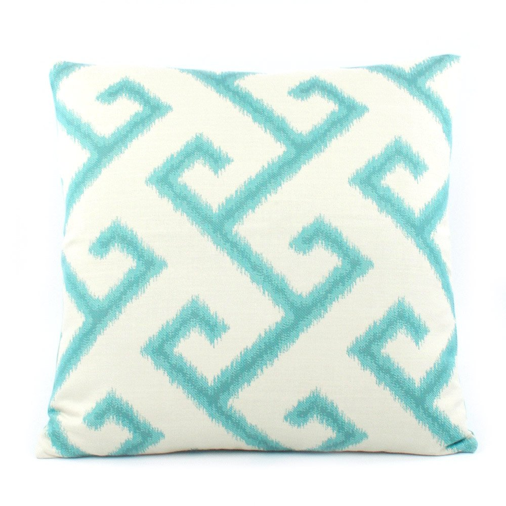Amazon: Chloe & Olive Pacific Coast Collection Geometric Modern  Sunbrella Outdoor Pillow Cover, 20inch, Blue: Home & Kitchen