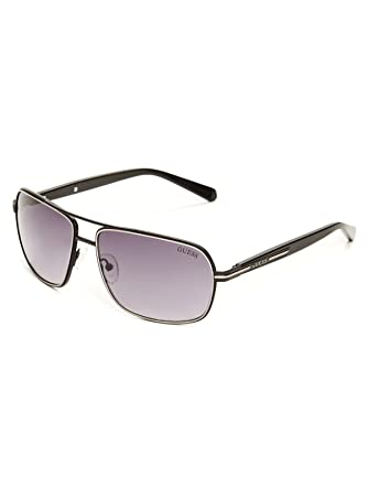 a32868ca0b83 GUESS Factory Men s Double Lined Navigator Sunglasses at Amazon Men s  Clothing store