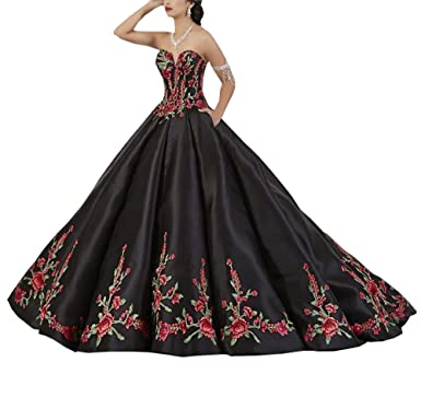 0ff4b3585b Luxury Red and Green Embroidered Quinceanera Dresses Prom Strapless Ball  Gowns Formal Dress Gradaution Black 2