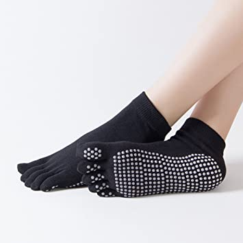 Qees Non Slip Yoga Socks With Grips Size Uk 2 5 7 Eu 35 40 Dance