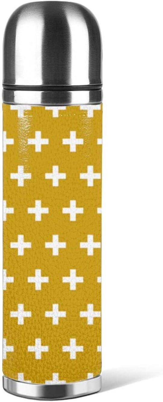 Botella de agua de acero inoxidable patrón cruz blanca en mostaza amarillo aislado vacío cuero prueba de fugas doble pared envase embalaje termo 500 ml