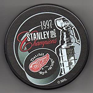 Detroit Red Wings 1997 Stanley Cup Champions Official NHL Puck + FREE Puck Cube