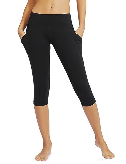 """9f9945b507ca4 Baleaf Women's Yoga Workout Capris Leggings Side Pocket for 5.5""""  Mobile Phone ..."""