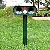 Muhoop Ultrasonic Dog Repellent Outdoor Animal Repeller Solar Powered Waterproof Farm Garden Yard Rodent Bird Cat Repellent Pest Repellent PIR Sensor