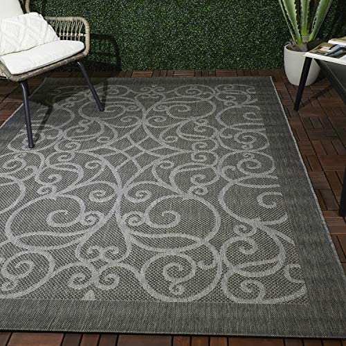 Amazon Com Balta Rugs Columbia Grey Indoor Outdoor Contemporary Scrollwork Rug 5 X 8 Low Pile Stain Resistant Furniture Decor