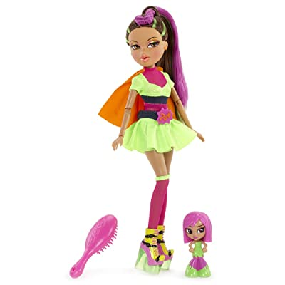 Bratz Action Heroez Doll - Yasmin: Toys & Games