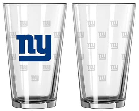 e8a969ca8a2 Amazon.com   NFL Pint Glass Cup (Set of 2) NFL Team  New York Giants ...