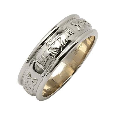 d6e8dac240d Amazon.com  Fado Mens Claddagh Ring Sterling Silver Wedding Band ...