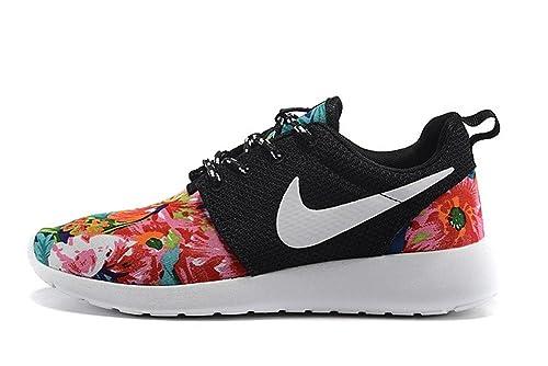 hot sale online 67fc3 80c42 Nike Roshe Run Flor para Mujer Amazon.es Zapatos y complemen