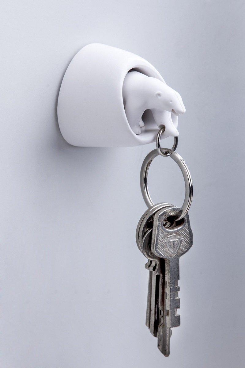amazon com polar bear wall key holder by qualy design studio
