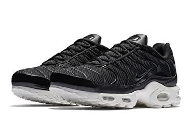 1efe151267863 Amazon.com | Nike Air Max Plus TN 1 BR Breeze Black White Anthracite ...
