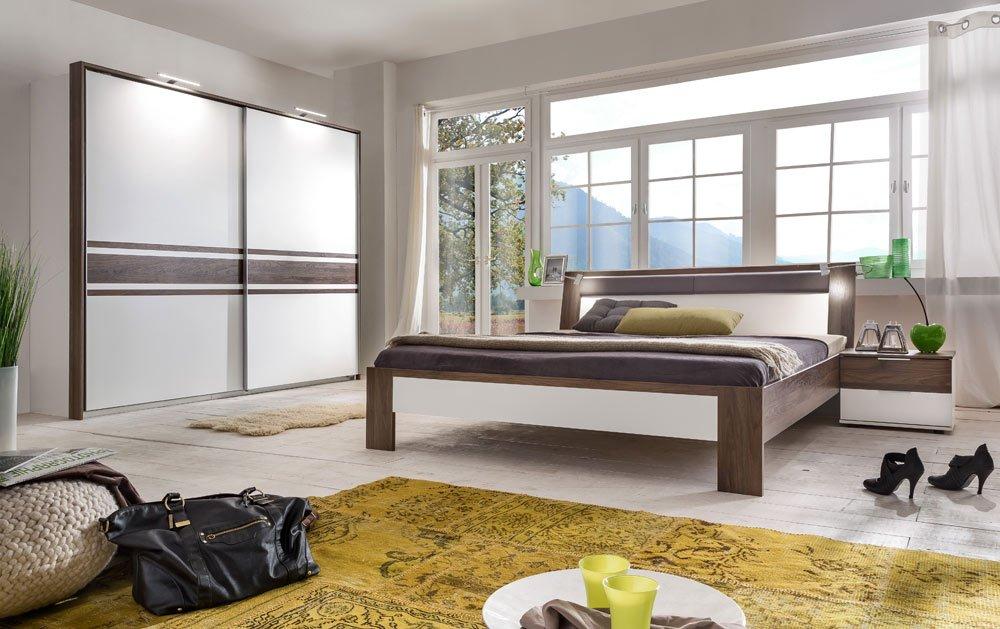 3-tlg. Schlafzimmer alpinweiß/Columbia-Nussbaum-Nachb., Kleiderschrank B: 250 cm, Futonbett B: 180 cm, 2 Nachtschränke B: 52 cm
