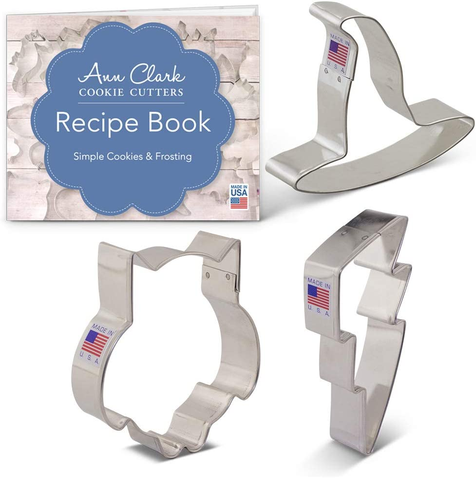 Ann Clark Cookie Cutters 3-Piece Witchcraft and Wizardry Cookie Cutter Set with Recipe Booklet, Owl, Lightning Bolt & Witch's Hat