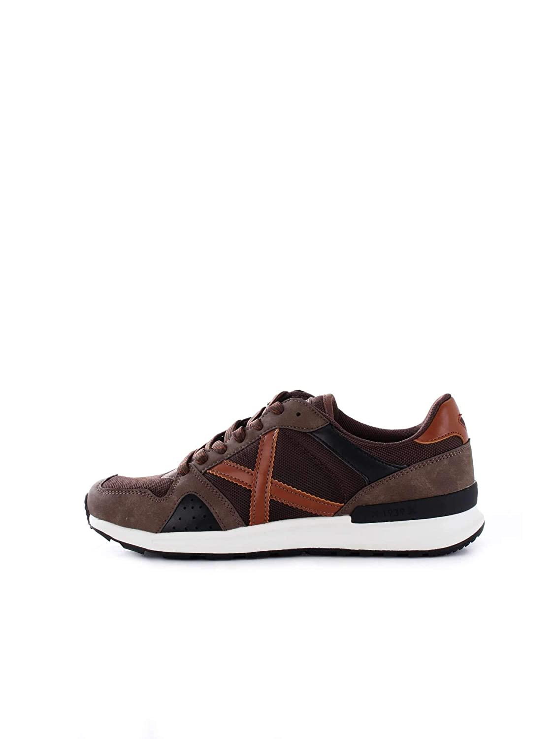 TALLA 45 EU. Zapatilla Munich Alpha 16 Brown