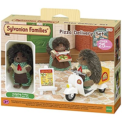 Sylvanian Families 5238 Pizza Delivery Set, Multicolor: Toys & Games