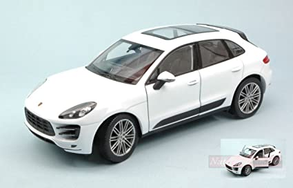 WELLY WE4047 PORSCHE MACAN TURBO 2014 WHITE 1:24 MODELLINO DIE CAST MODEL