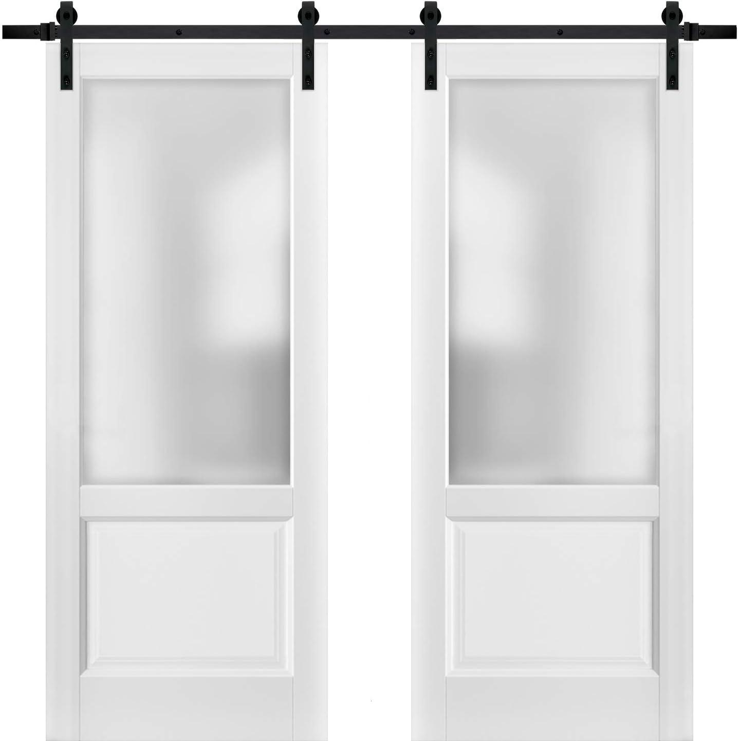 Puertas correderas de granero doble con herrajes | Lucia 22 blanco mate con vidrio opaco esmerilado | Juego resistente de raíl superior de 13 pies | Kitchen Lite panel de madera maciza