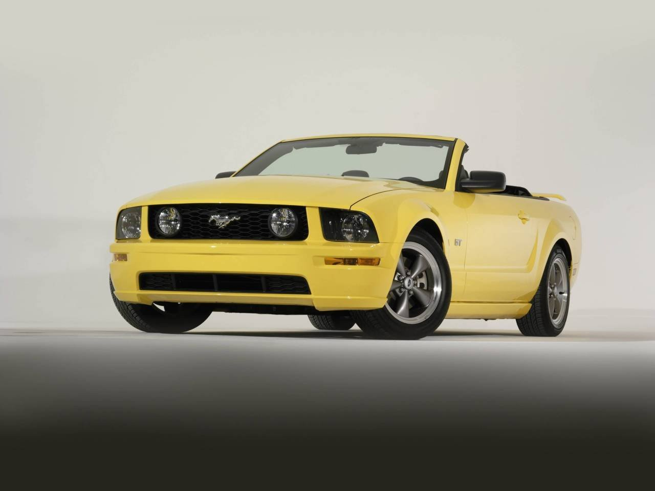 Amazon.com: Ford Mustang GT Convertible Car Art Poster Print on 10 ...
