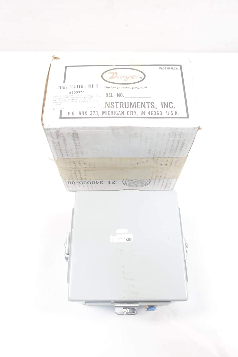 Amazon com: DWYER 1824-10 Low Differential Pressure Switch 10PSI